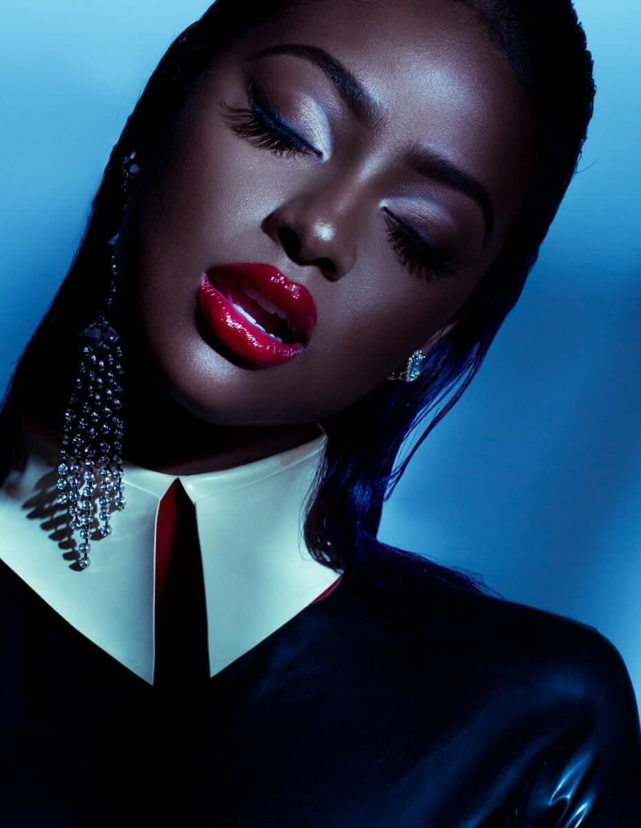 Justine Skye в латексе для журнала Spirit And Flesh